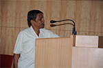 Dr. Ashok, Professor, Department of  Psychology, Bangalore University   addressing the students.