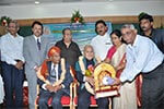 Hon�ble Justice Dr. V. S. Malimat and the Hon�ble Justice Dr.M.Rama Jois, were felicitated by  Seshadripuram Educational Trust.